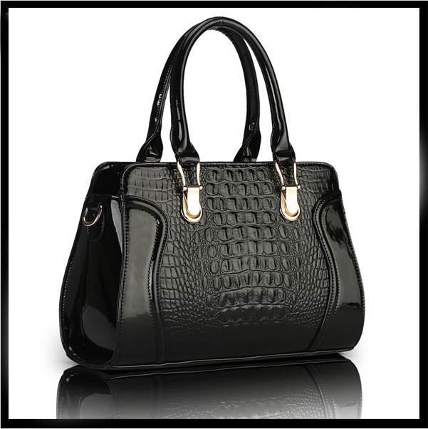 Women Handbag Patent leather designs bag Alligator Women fashion tote Lady Alligator messenger bags Luxury bolsas(China (Mainland))