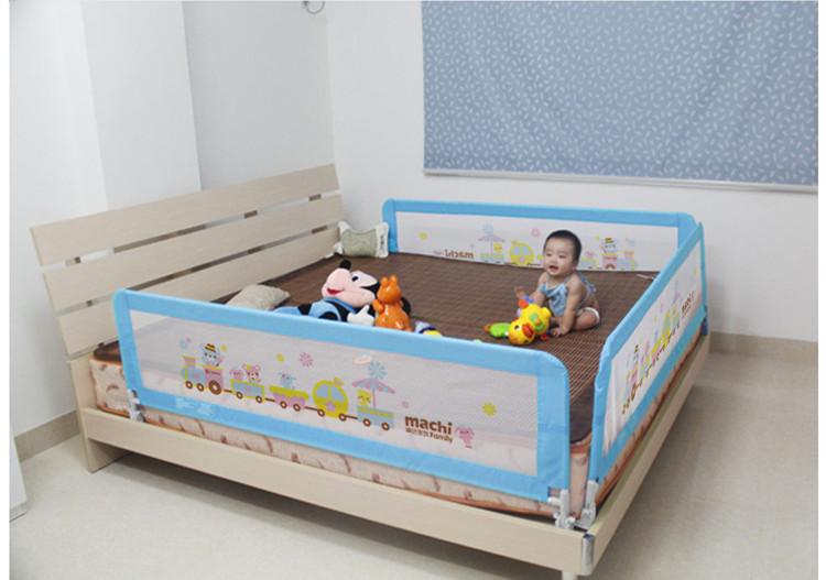 Бортик для кровати 224
