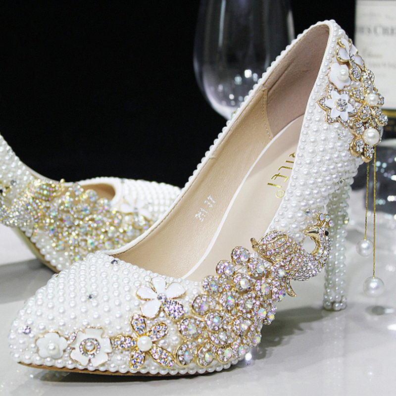 Buy Distinguished Luxury Pearl Sparkling Glass Slipper Brida