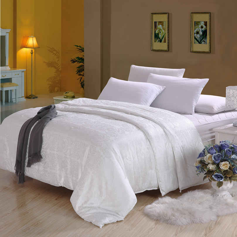 Top quality white color jacquard comforter home textile for Best color bed sheets