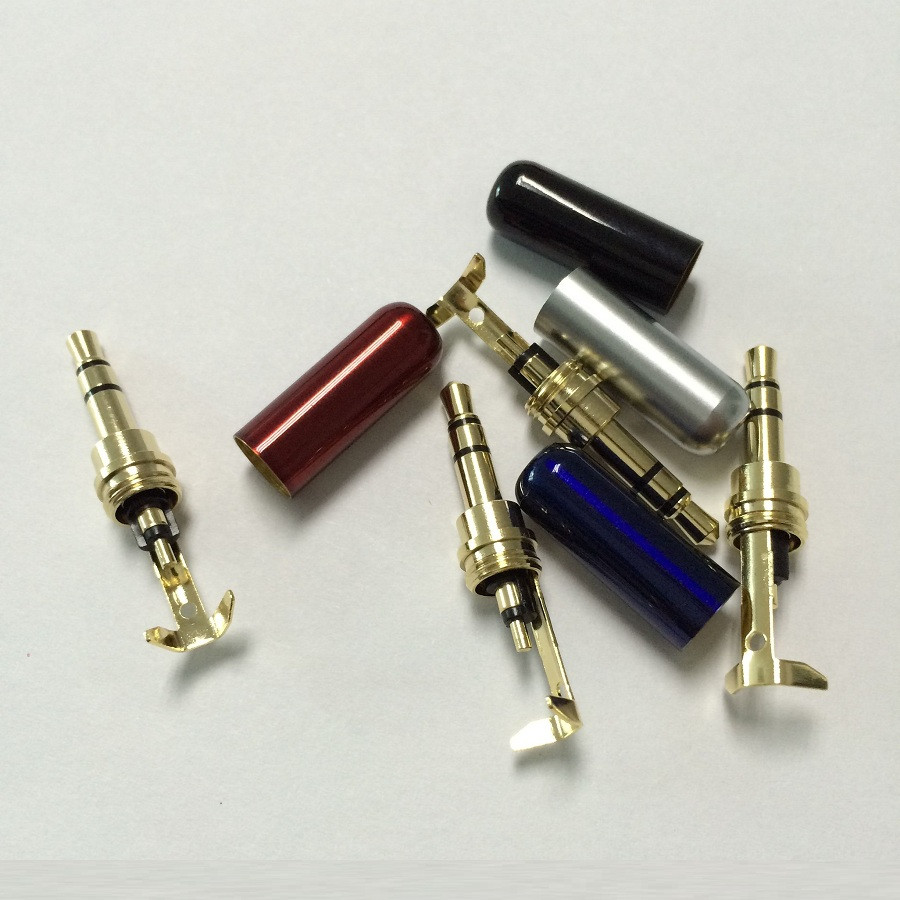 1Pcs 3 Poles Jack 3.5 RCA Connector RCA Audio Plug 3.5mm Stereo Headset Dual Track Headphone Plug With Wire Clip
