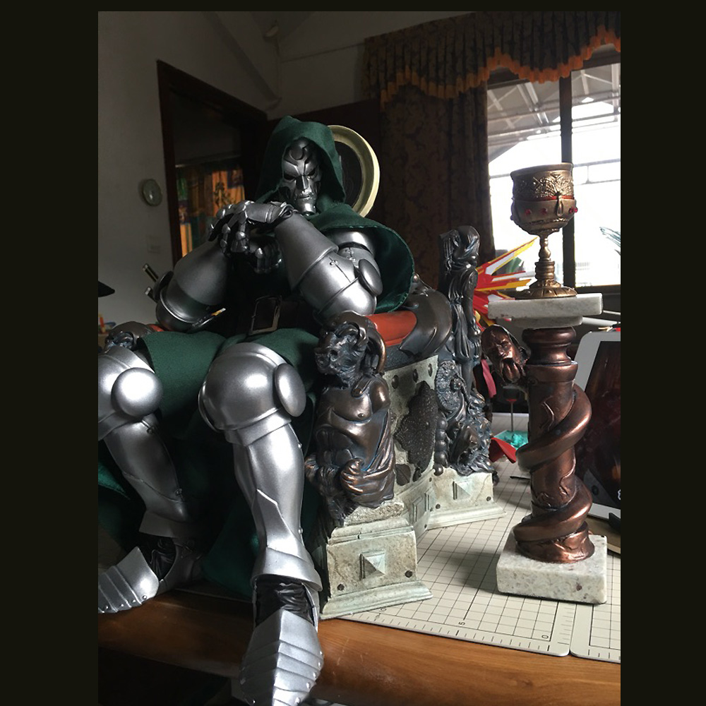 New Arrival 1/4 Scale Dr. Doctor Doom on Throne Statue Recast Limited QTY