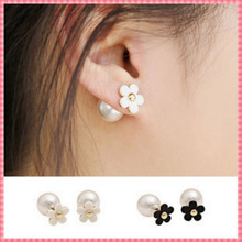 Mode gänseblümchen-design doppelte größe frauen-ohrstecker schwarz und weiß perle süß ohrringe beliebt damen schmuck #er101(China (Mainland))