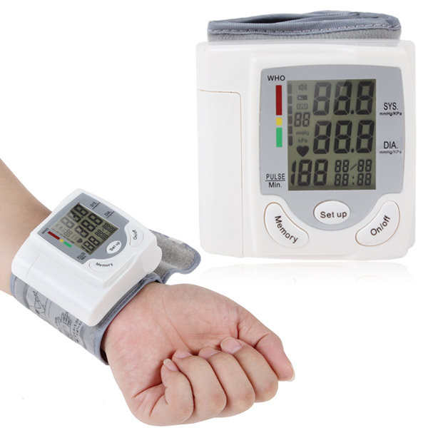New Home Care Portable Full Automatic Digital Arm Blood Pressure Monitor Sphygmomanometer Wrist Blood Pressure Monitor(China (Mainland))