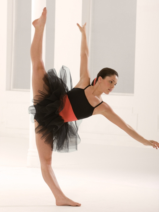 """dating dancers Ballet dancers are the epitome of grace and beauty, so dating one—or even approaching one—can be damn intimidating but these adonises sacrifice a lot of what we would consider """"normal life."""