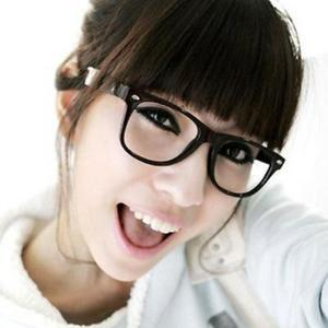 Cheapest!! Fashion Retro Glossy Lady Girl Big Clear Lens Black Frame Large Glasses Frame For Women(China (Mainland))