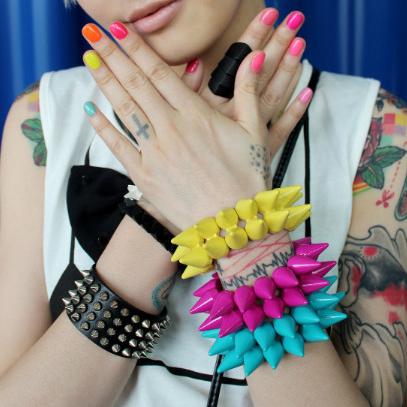 2013 Hot E5007 fashion punk kolkatan 's quality color block double neon color rivet bracelet hand ring multicolor