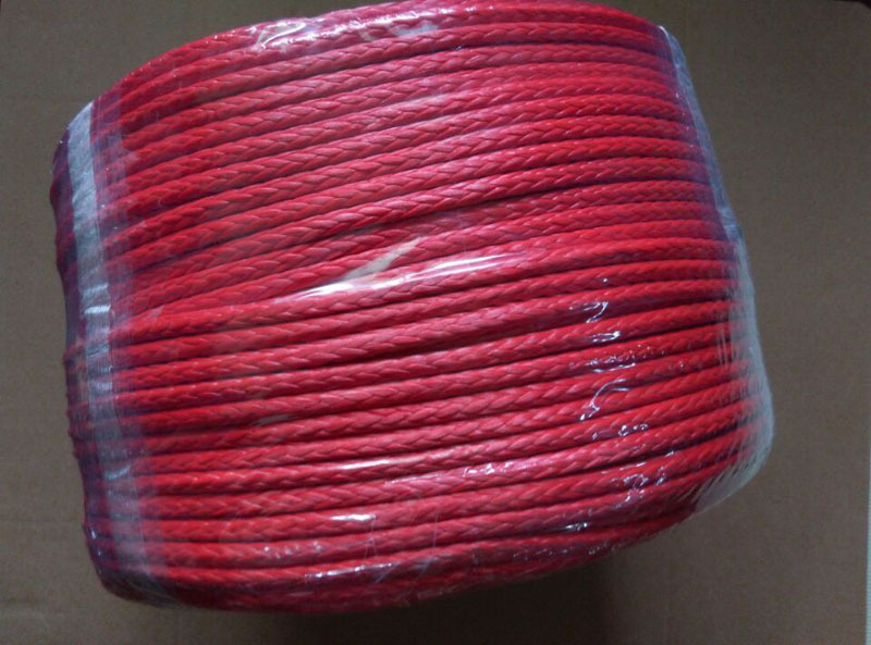 free shipping 8mm*30m synthetic winch rope for 4wheels,warn winch rope for accessories(China (Mainland))