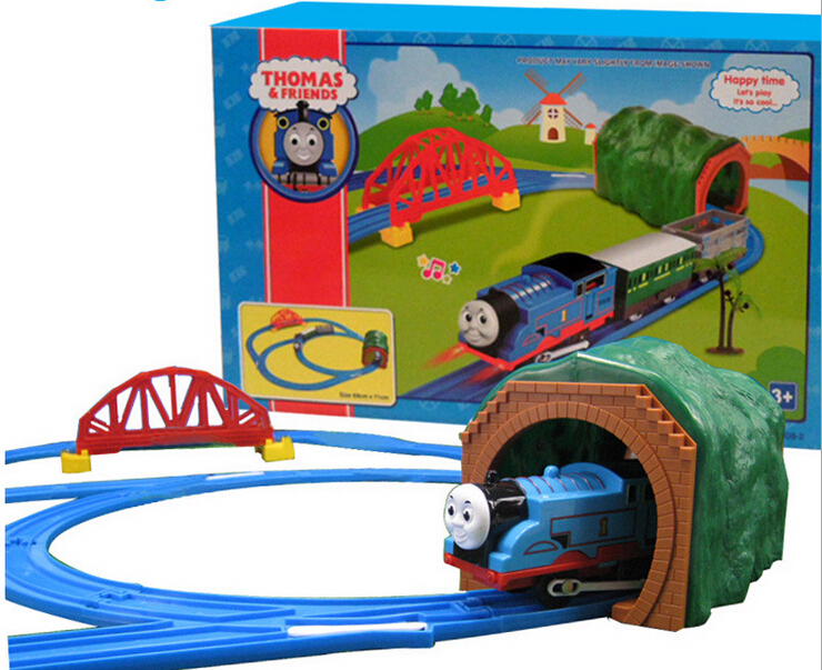 Free Shipping Children's music light electric rail car train model toy allocated over bridge(China (Mainland))