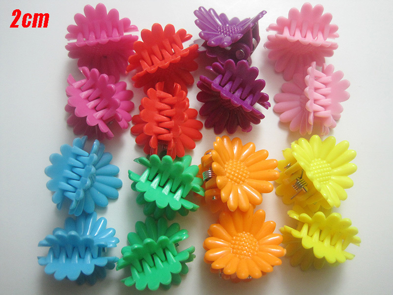 60pcs Assorted Color Sunflower Style Plastic Hair Claw Hair Clamp Hair Clip For Little Girl PC011(China (Mainland))