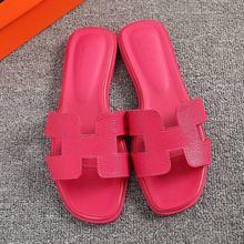 Di lusso di marca 2019 nuovi pistoni di estate delle donne cut-out sandali da spiaggia delle donne slides outdoor pistoni dell'interno in infradito size43(China)