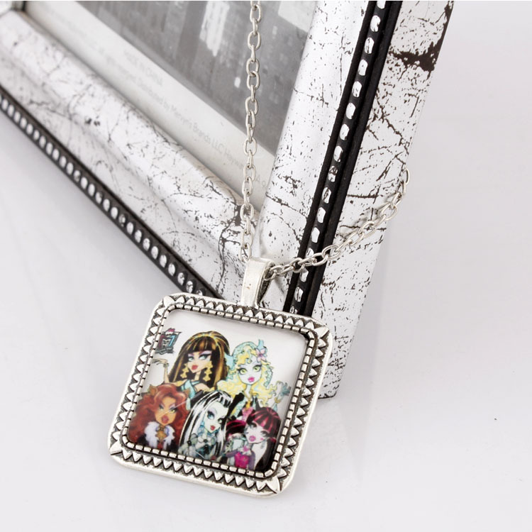 2014 The new fashion Monster High School necklace Monster elves jewelry girls crystal pendant necklace(China (Mainland))