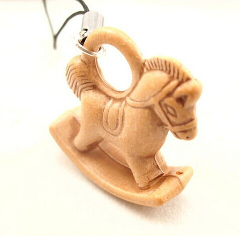 GJ0059 small horse faux wooden phone chain