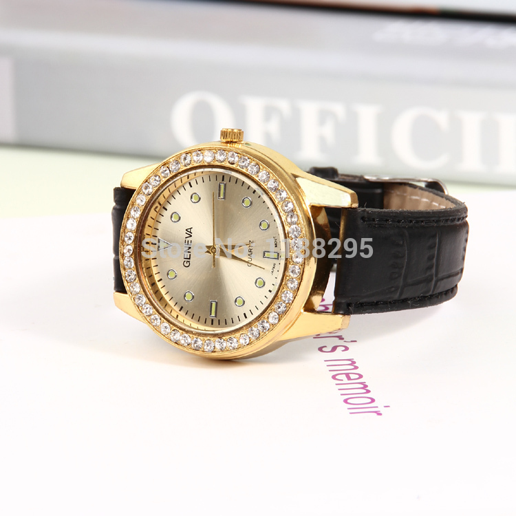 Authentic new men leisure fashion leather watch gold rhinestone design guarantee the quality of 100 free