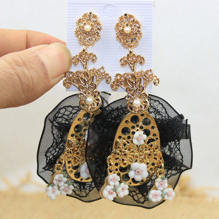 Fashion Retro baroque metal cutout small flowers lace pendant drop earring Exaggerated Royal big lace earrings for women(China (Mainland))