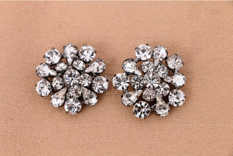 30pcs/lot 26mm High Quality Sliver Shiny Round Rhinestone Embellishments Button with Loop For Flower Center Girl Hair Accessory(China (Mainland))