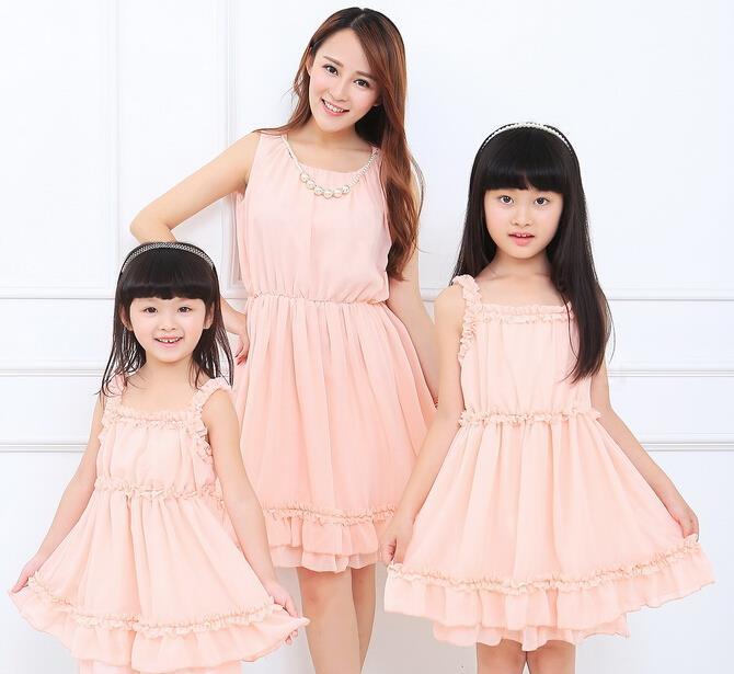 Семья комплект одежда без рукавов шифон платье соответствующие одежда для матери и дочери платье одежда семья одежда dr77