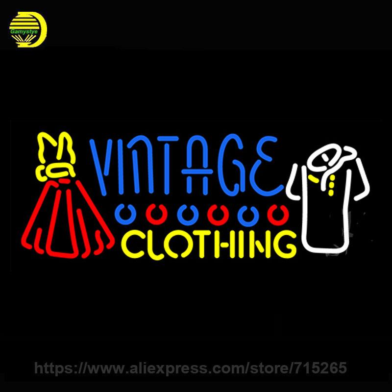Outdoor kleding merken logo