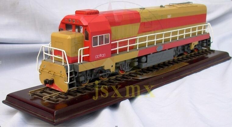 1/48 Scale Copper Chinese Dongfeng 7 g diesel locomotive Train Model 7G orbital dynamic Train Model(China (Mainland))