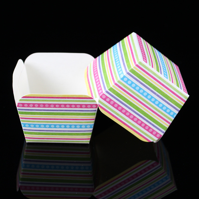 10 Colorful Rainbow Printed Square Paper Cupcake Liners Wrappers Baking Cups Muffin Cases Tools Wedding Kitchen - TG Line store
