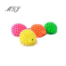 2016 New Cute Hedgehog Shape Pet Dog Puppy Squeaky Chew Toy Squeaker Ball Funny Toys Play Game Products