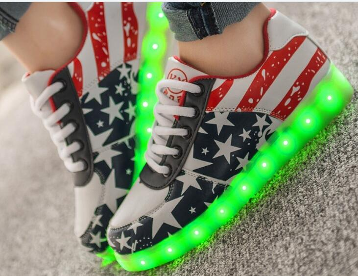 wholesale Led Shoes For Men Fashion Light Up Casual Shoes For Adults  Outdoor Glowing Size35-44
