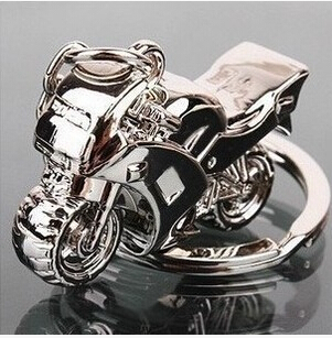 fashion new hot for women and men metal couple car KeychainS for the keys Motorcycle model creative personality(China (Mainland))