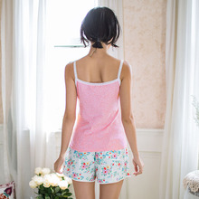 Song Riel sweet and sexy camisole printed shorts pajamas suit tracksuit Ms thin section half snow