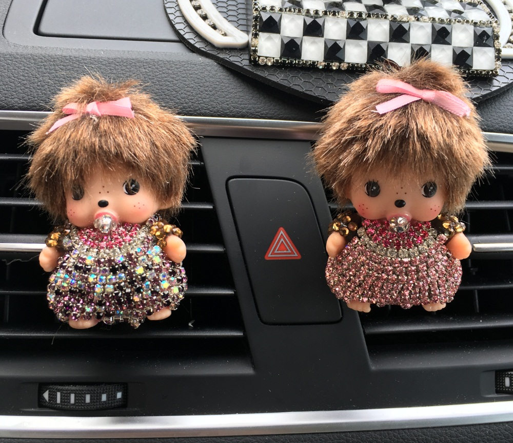 NEW Rhinestone meng Kiki Car Perfume Outlet Perfume Clip Lady Car Air Cleaner Cute Little Monkey Styling chichi Solid Perfume