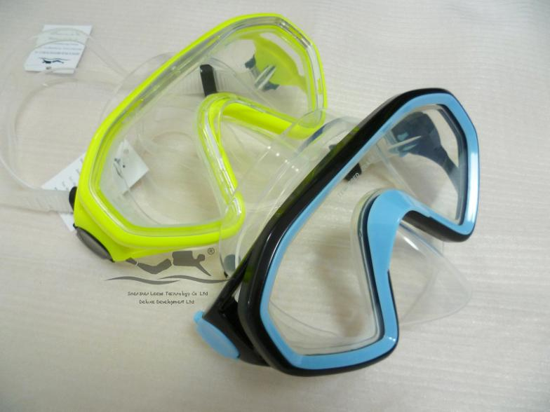 Free shipping wide view high quality Comfortable Skirt&Strap adult diving mask M-276(China (Mainland))