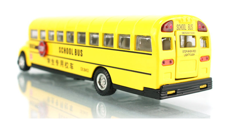 High Quality!!! School Bus Diecast 18*5*4.5CM 1:60 Alloy Vehicles Toys Gifts Models Collection(China (Mainland))