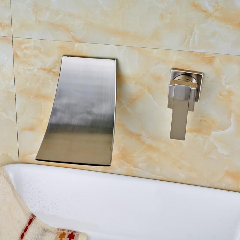 Купить Матовый Никель Двойной Отверстия Одной Ручкой Водопад Бассейне Кран Настенные Туалет, Раковина Смесители