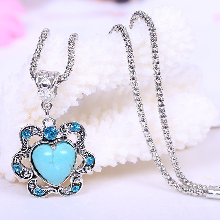 New Fashion Brand Heart Style Turquoise Necklaces Cute Frosted Ruffles Women Silver Pendants Wholesale(China (Mainland))