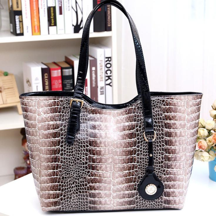 Factory direct European American big shopping bag serpentine shoulder portable python handbags 2014 new female