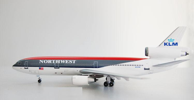 Free Shipping Northwest Airlines KLM DC-10-30 N237NW Airplane Toy 1:400 Scale Models Figures Brinquedos Plane Model Classic Toys(China (Mainland))
