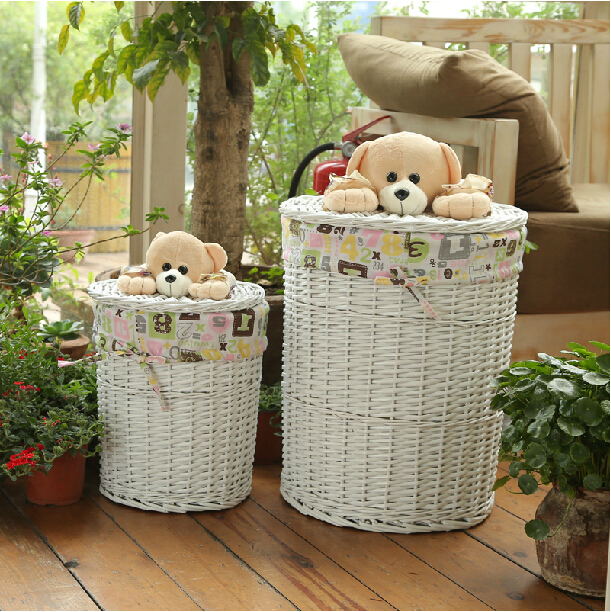 Lovely Small Bear Lid Large Round Wicker Storage Laundry