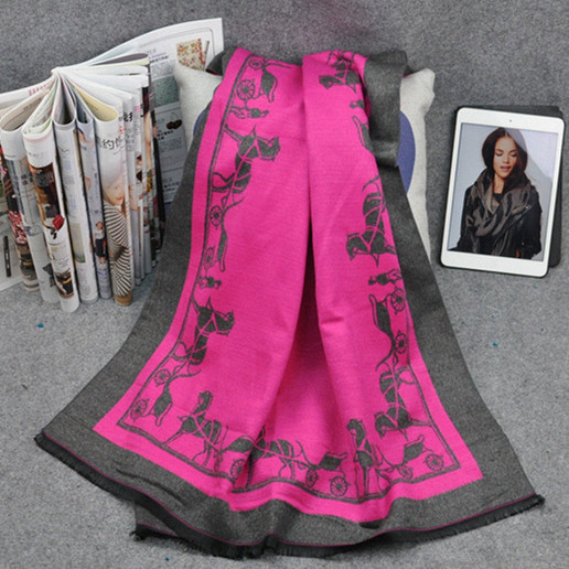 2015 new winter and auntum scarf,horse and car fashionable scarf, cashmere scarf hair warm air conditioning, warm wool scarf(China (Mainland))
