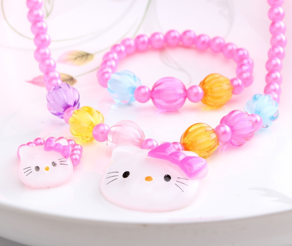 Summer Style 1set=3pcs Candy Beads hello kitty Accessories Necklace Bracelets Rings Baby Accessories Girls accessories(China (Mainland))