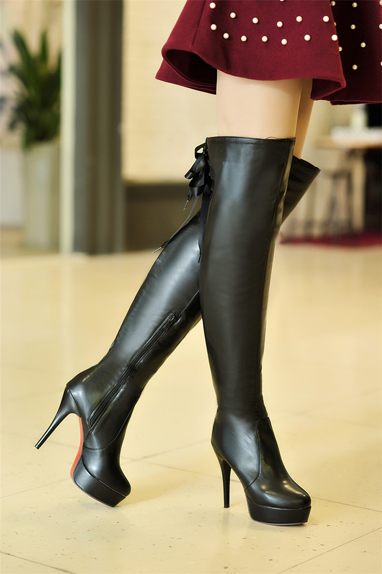 Heels - Is Heel - Part 693