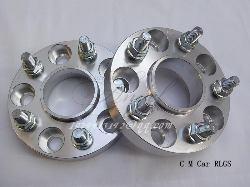 Здесь можно купить  A pair (2 pieces),thickness 30 mm,5 x114.3 hole 60.1mm, wheel adapter, spacers, suitable for lexus RX400H, SC, IS, GS, ES series A pair (2 pieces),thickness 30 mm,5 x114.3 hole 60.1mm, wheel adapter, spacers, suitable for lexus RX400H, SC, IS, GS, ES series Автомобили и Мотоциклы