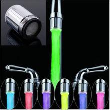 2015 mode LED robinet flux lumière 7 couleurs changeantes Glow douche Tap cuisine tête capteur de température(China (Mainland))