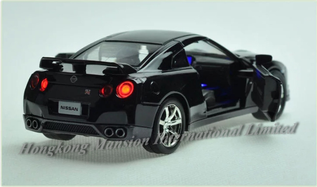132 Nissan GT-R (20)