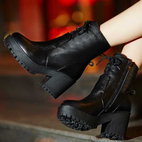 Фотография Ladies High Quality Real Genuine Leather Boots Fashion Leisure Lace Up Round Toe Thick High Heels Winter Platform Ankle Boots
