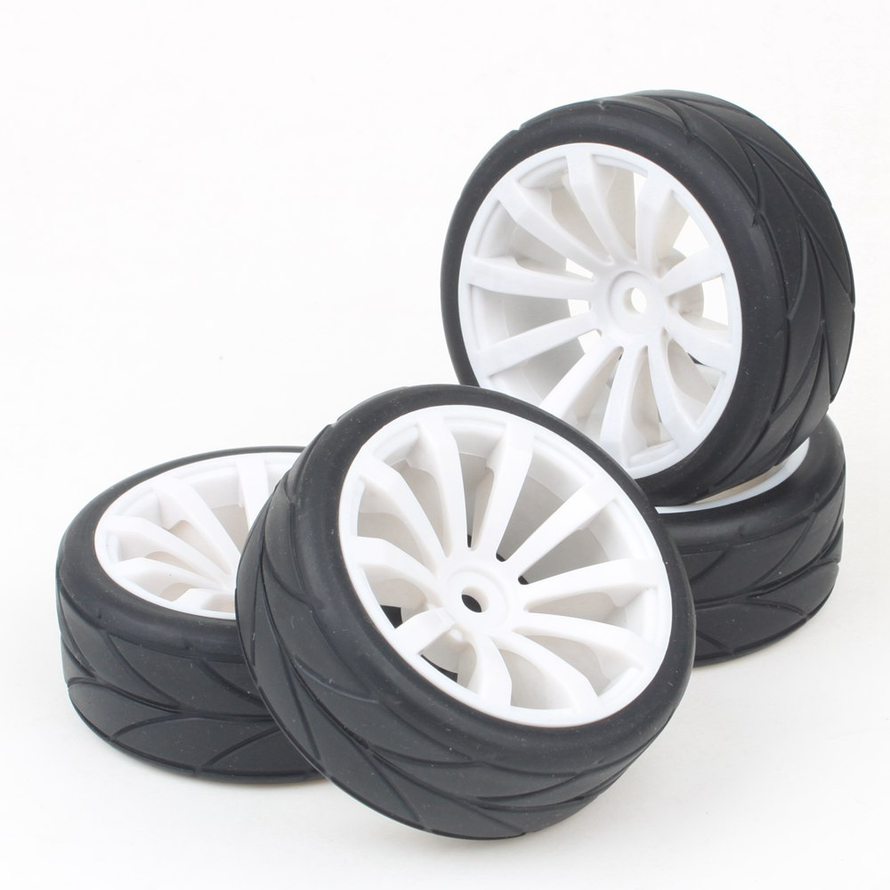 4pcs RC1:10 Flat Racing Car 10 Spoke Wheel Rim Rubber Tyre 12mm Drive Hex(China (Mainland))