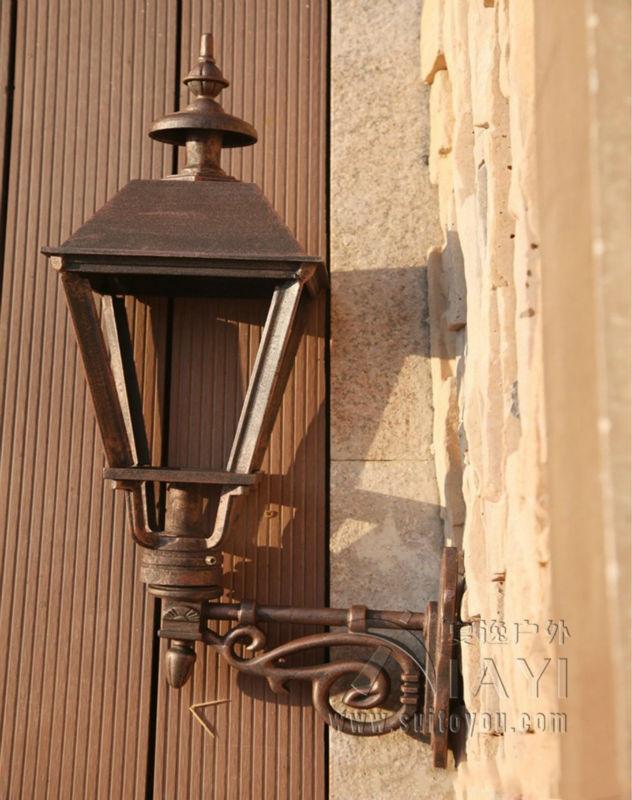 Classic Style Casting Aluminium Wall lamp outdoor courtyard villa landscape lamp European lawn lamp balcony antique outdoor lamp<br><br>Aliexpress