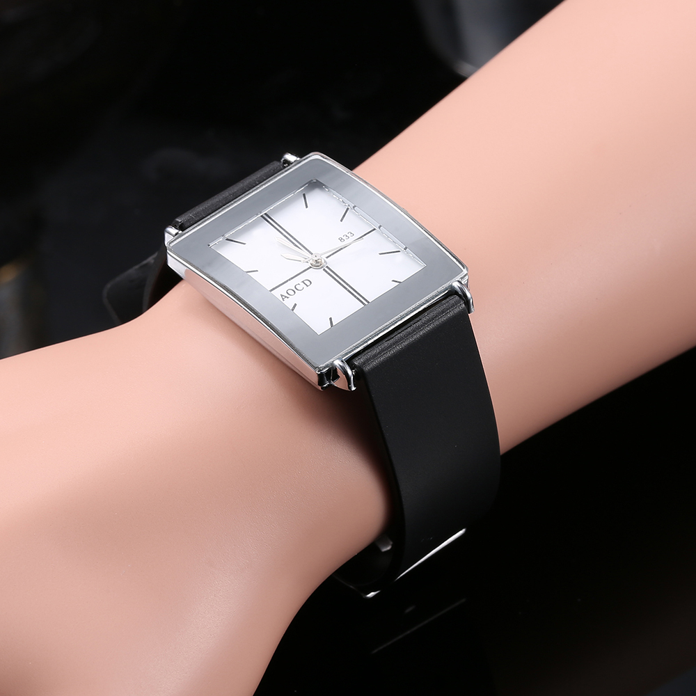 Lovers Wristwatch Classic Black White Quartz Watch Imitate Genuine Leather Strap Fashion Square Head Romantic Man