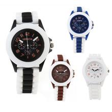 2015 nueva moda mujeres hombres reloj de los pares de carcasa de plástico de Color de plástico ginebra ginebra del reloj para mujer vestido de relojes de cuarzo