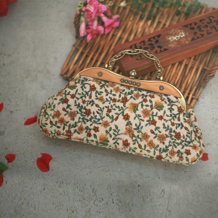 2015 Small(20-30cm) Soft Top New Bags Bolsas Femininas Handbag Custom Wood Handle Floral Bag Cheongsam Manually Advanced Package(China (Mainland))