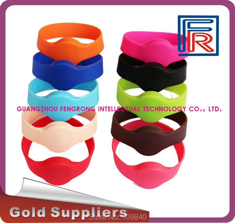 100pcs rfid 125khz wristband with EM chip,Proximity waterproof silicone bracelet for access control/swimming pool/fitness/event(China (Mainland))