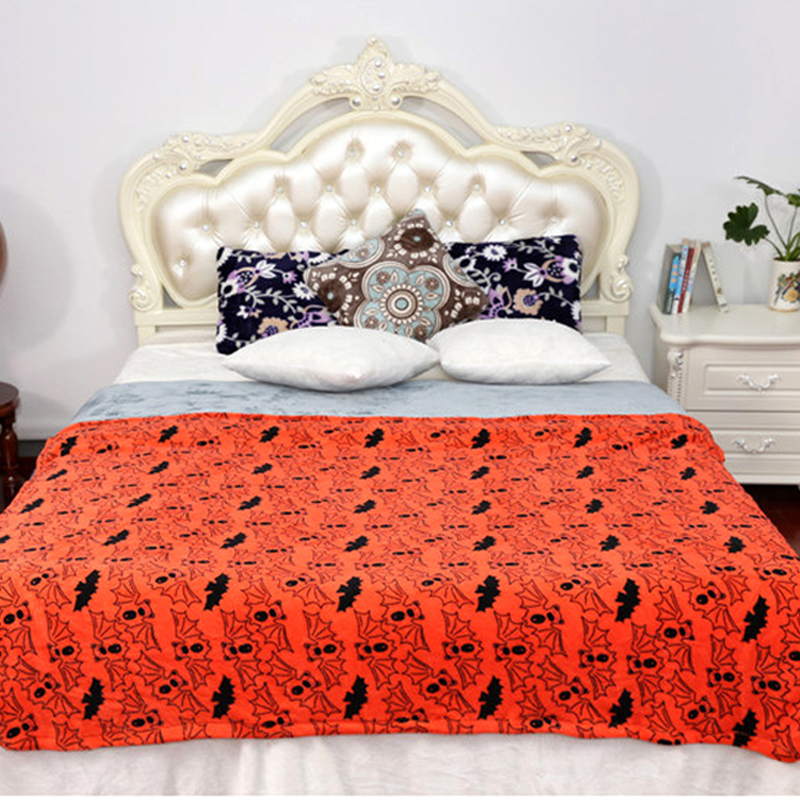 New 2016 Coral Fleece Blanket 127x152cm Halloween Bat Travel/Picnic/Airplane Blanket throw rugs Children Blanket Free shipping(China (Mainland))